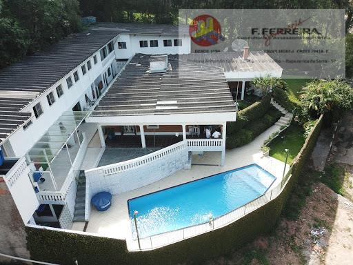 Casa em Itapecerica da Serra-SP com piscina