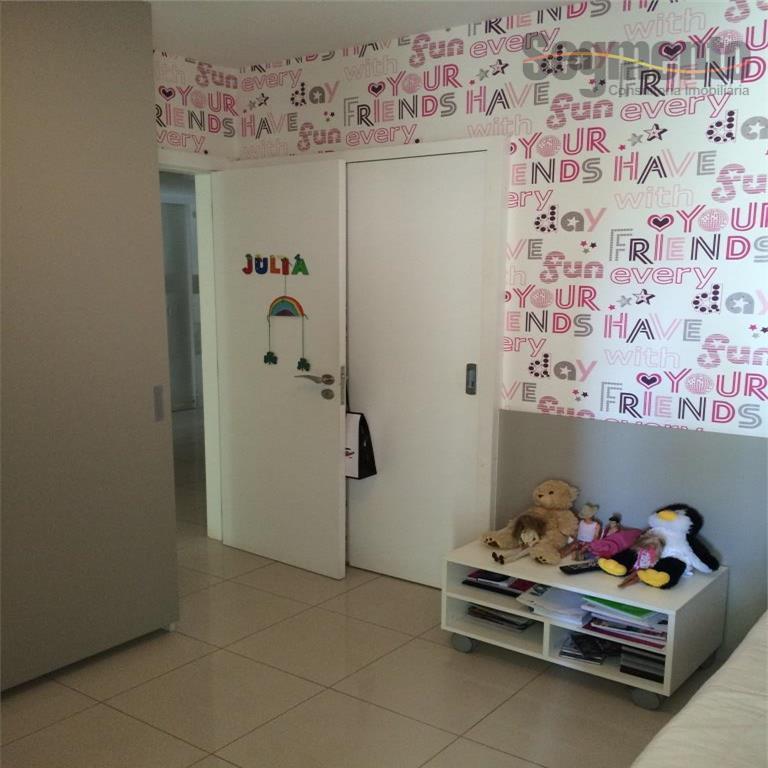 Apartamento 4 Quartos/ 3 Suites residencial à venda, Praia do Canto, Vitória.