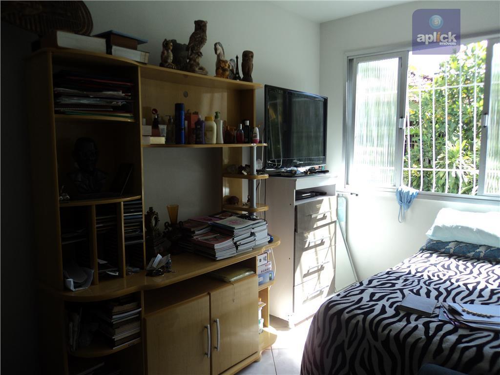 ótimo apartamento sol da manhã, a 2 quadras da praia. excelente localização.