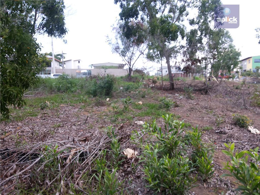 ótimo terreno podendo ser comercial ou residencial, a 300 metros da pista e ao lado de...