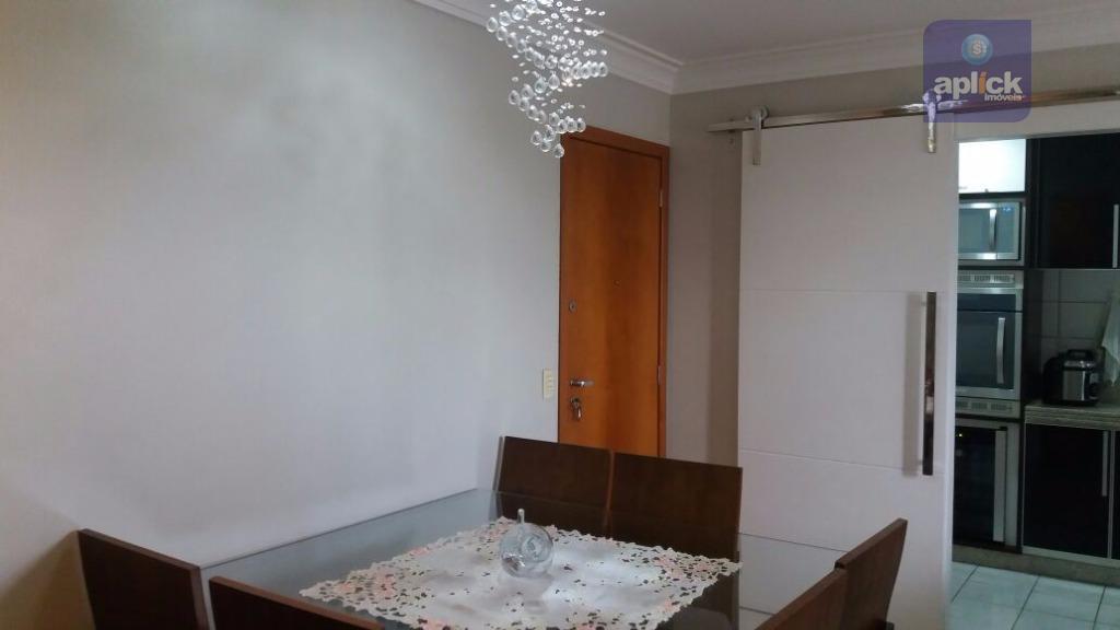 excelente apartamento todo montado, com duas vagas de garagem cobertas, localizado no bairro laranjeiras, próximo a...
