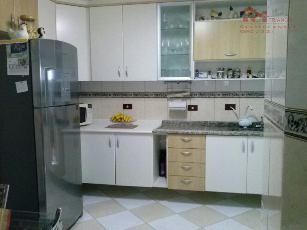 Sobrado 92 m2 3 dorm 2 vagas 1 suite mobiliado moveis planejados cozinha e dorm.