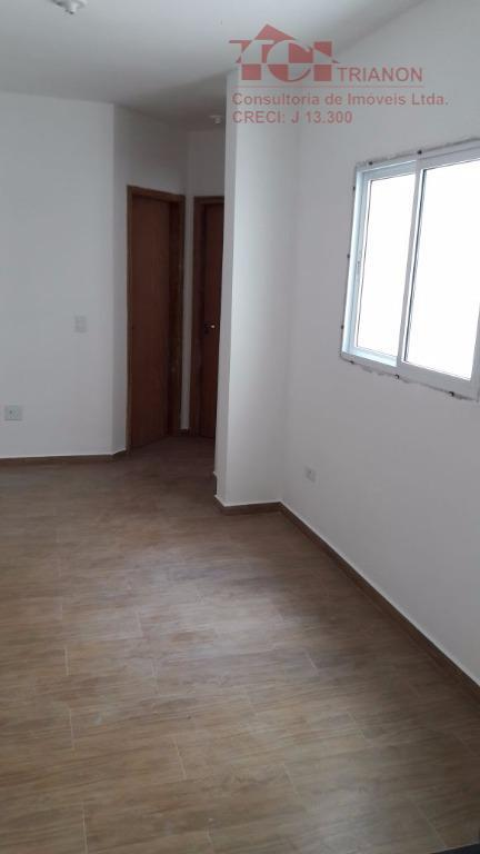 apto. 40 m2 1 banheiro 1 vaga  piso laminado