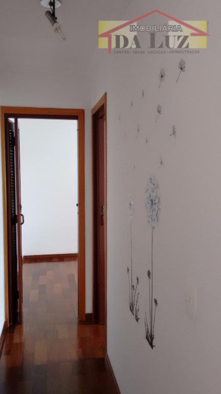lindo apartamento 2 dormitórios , sala ampla, cozinha com armários planejados e fogão embutido, lavanderia com...
