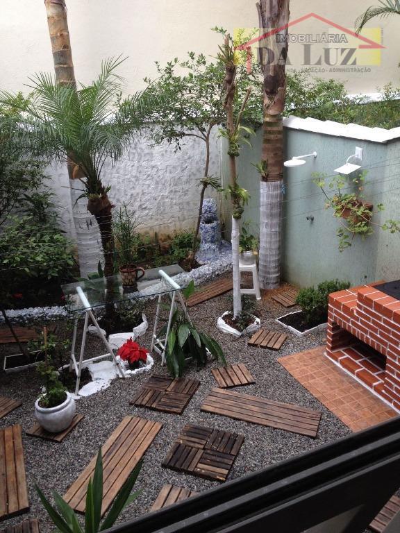 lindo sobrado na vila curuça.3 dormitórios sendo 1 suite com clouset ,sala ampla com jardim de...