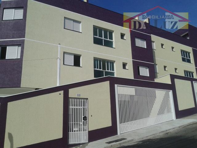 Cobertura 116 m² sem condomínio.