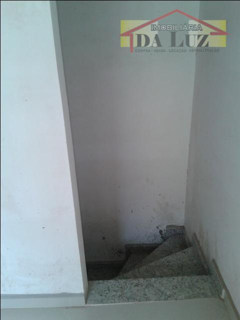 sobrado com ótima localização.proximo a futura linha bronze do mêtro. 2 dormitórios,sala 2 ambientes,cozinha,área de serviço,2...