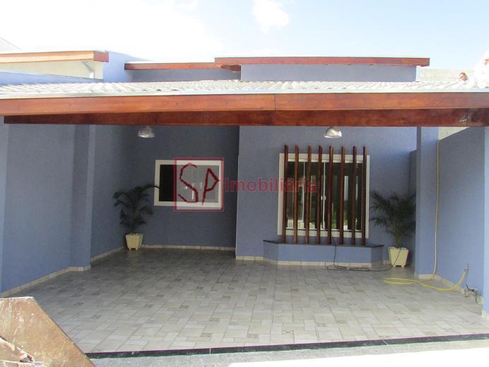 Casa  residencial à venda, Vila Bandeirantes, Caçapava.