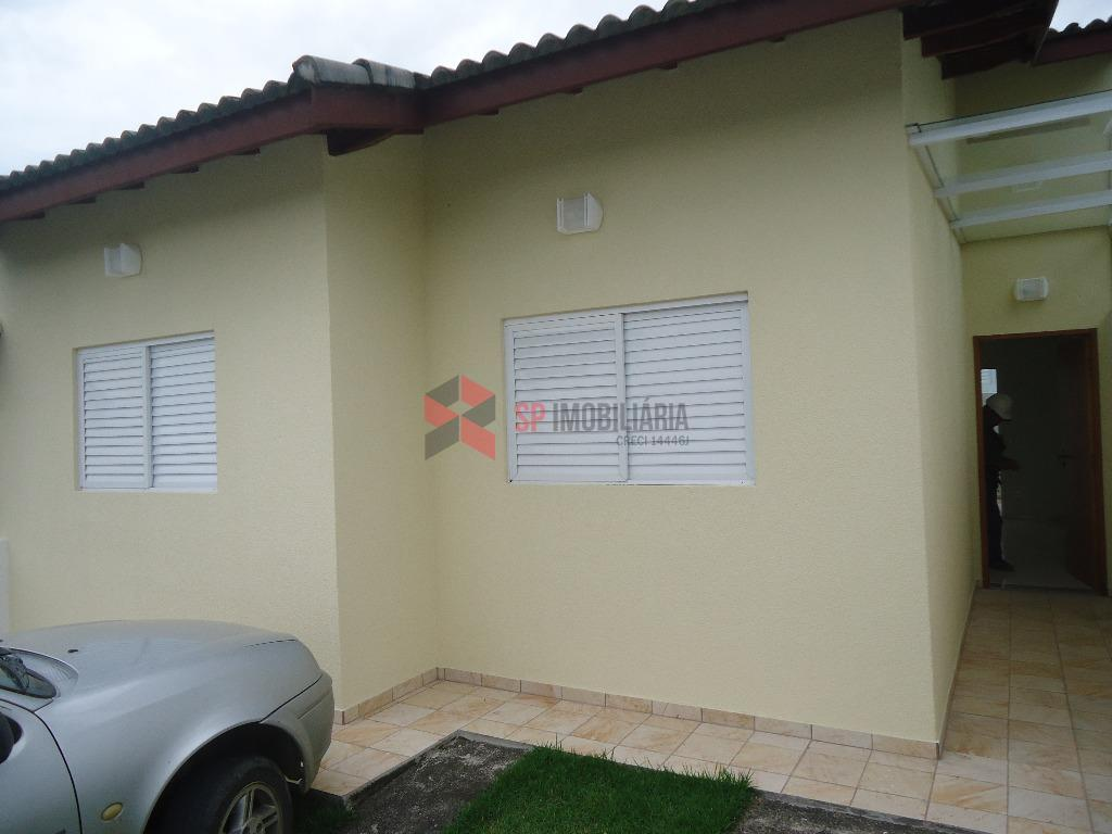 Casa  residencial para locação, Vila Bandeirantes, Caçapava.