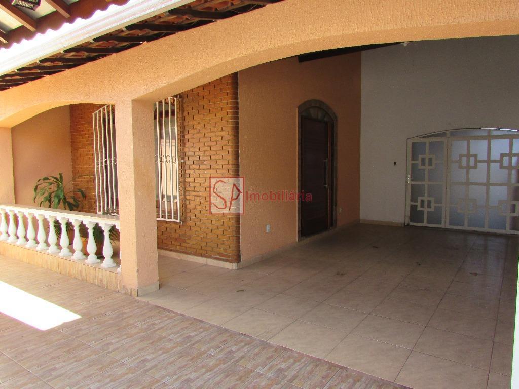 Casa  residencial para locação, Vila Resende, Caçapava.
