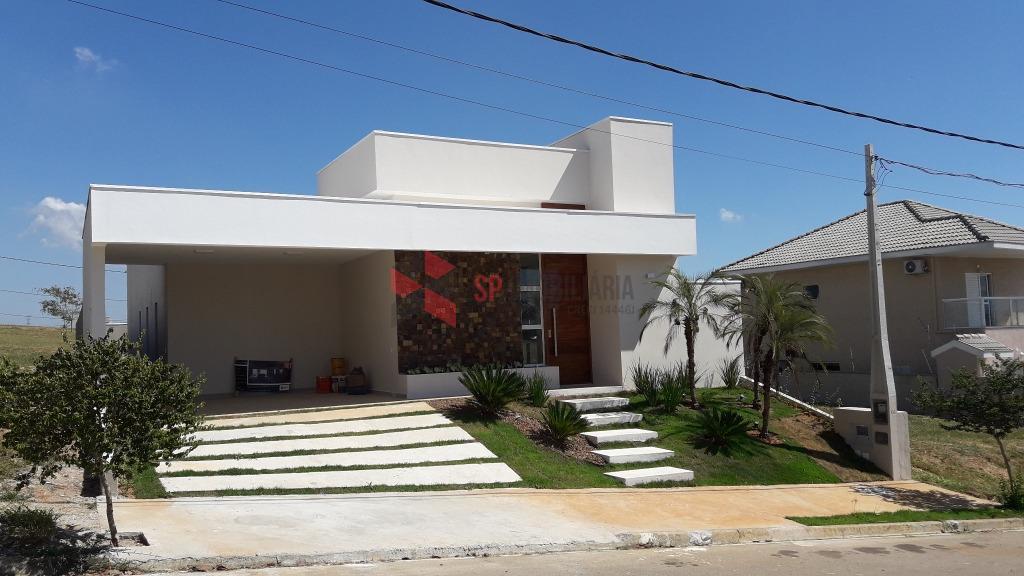 Linda Casa Residencial à venda, Condomínio Terras do Vale, Caçapava.