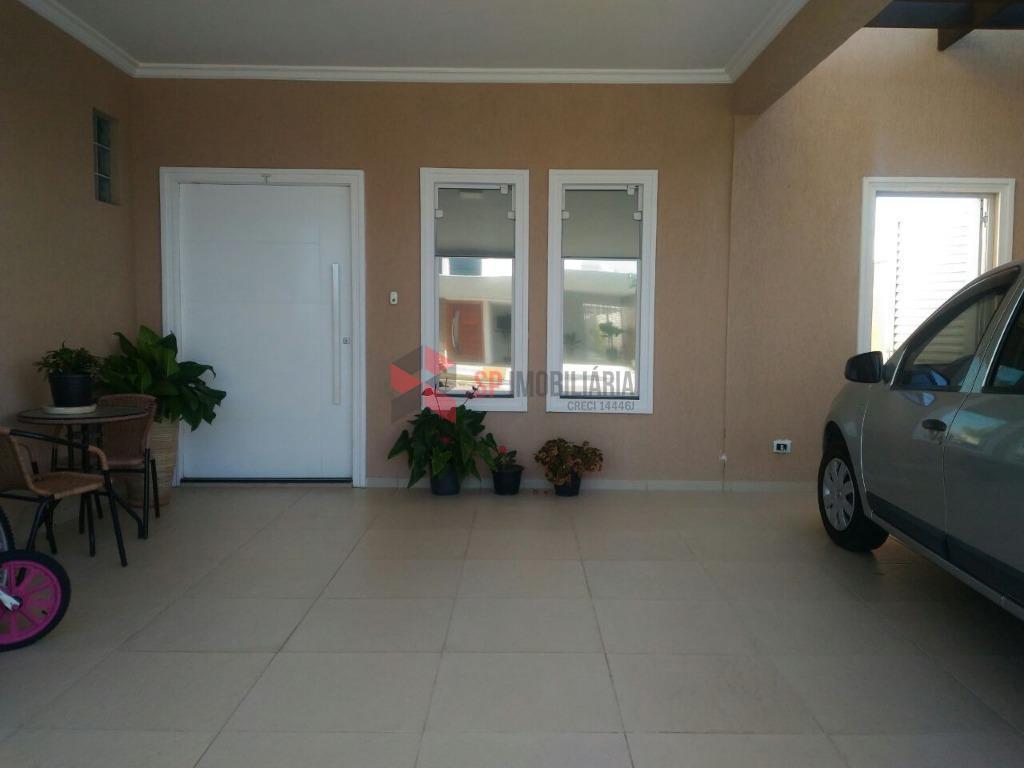 Casa Residencial com piscina à venda - Terras do Vale - Caçapava/SP