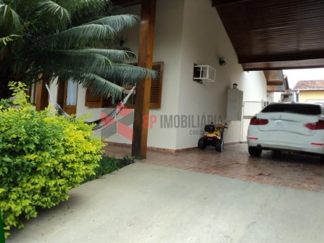 Casa Residencial à venda e locação - Condomínio Fechado - Caçapava/SP