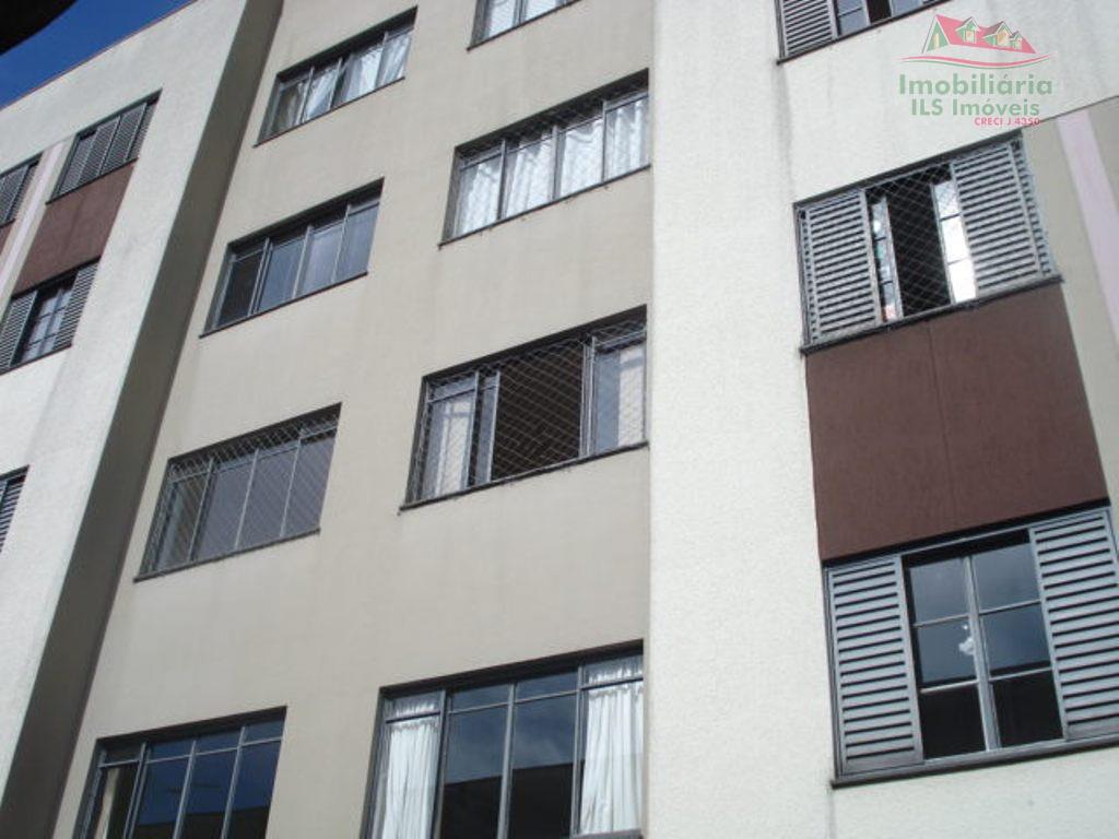Apartamento residencial à venda, Pinheirinho, Curitiba - AP0165.