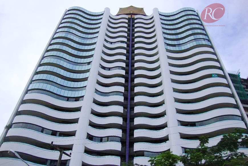 Apartamento de alto padrão todo projetado no bairro do Cocó.