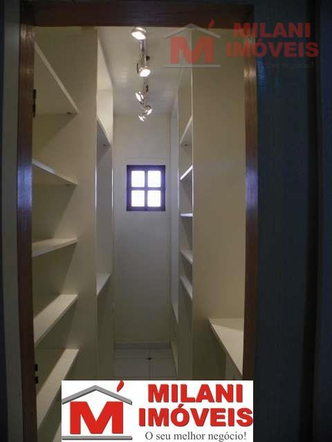linda residência de esquina, localizado na melhor rua do jd bonfiglioli.sobrado com 3 dormitórios sendo 3...