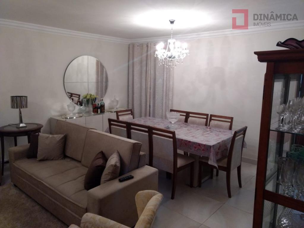 03 quartos com armários embutidos (sendo 01 suíte com blindex/gabinete sob a pia) sala ampla p/...