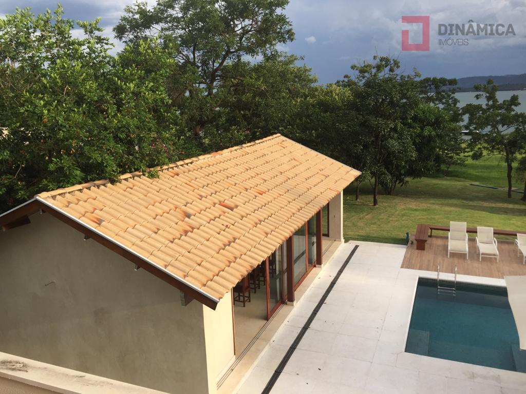 4 quartos - 2 salas - 5 banheirostamanho do imóvel: 300,00 m²área construída: 300,00 m²condomínio águas...