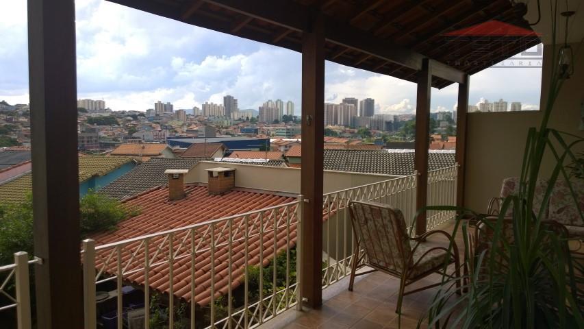 Sobrado de 3 dormitórios em Parque Renato Maia, Guarulhos - SP