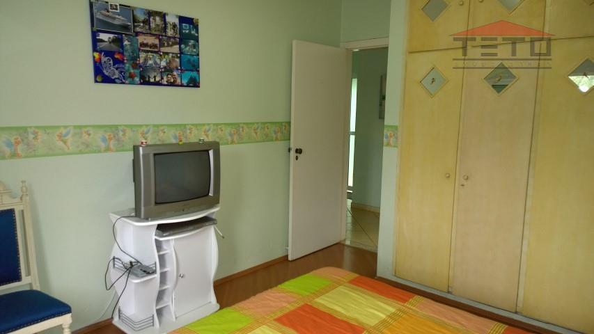 Casa de 3 dormitórios em Caputera, Arujá - SP