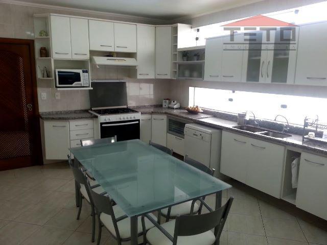Casa de 4 dormitórios em Centro, Arujá - SP