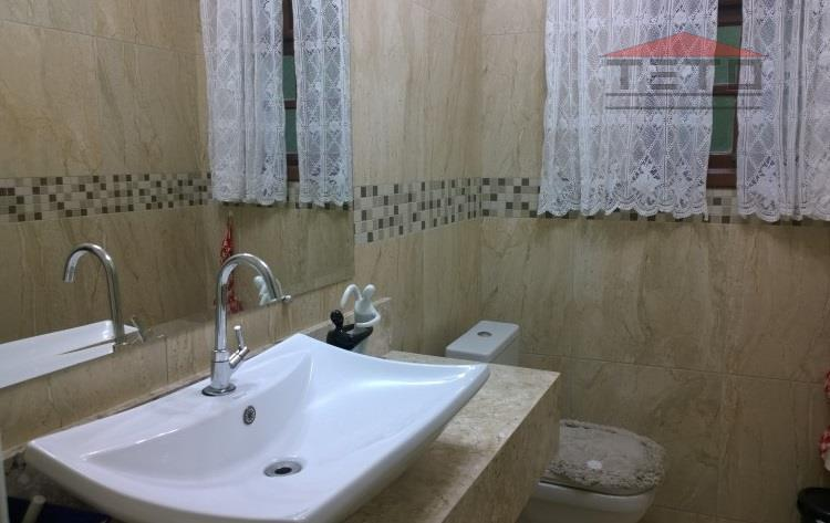 Sobrado de 3 dormitórios em Parque Santos Dumont, Guarulhos - SP