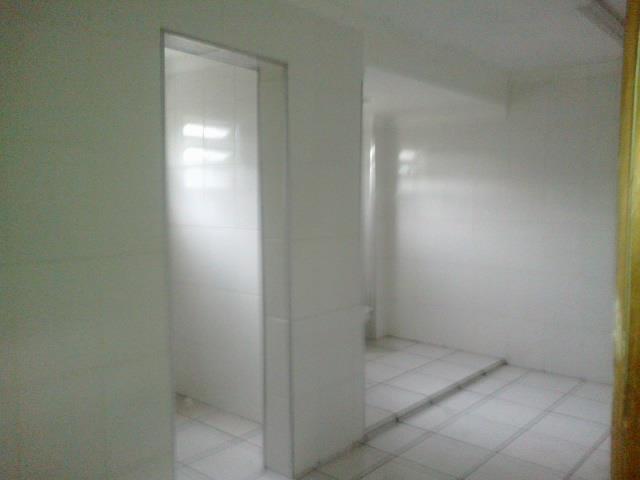 galpão em condomínio, 1.100m2 de área útil, área de escritórios, banheiros, área de manobra. localização estratégica...