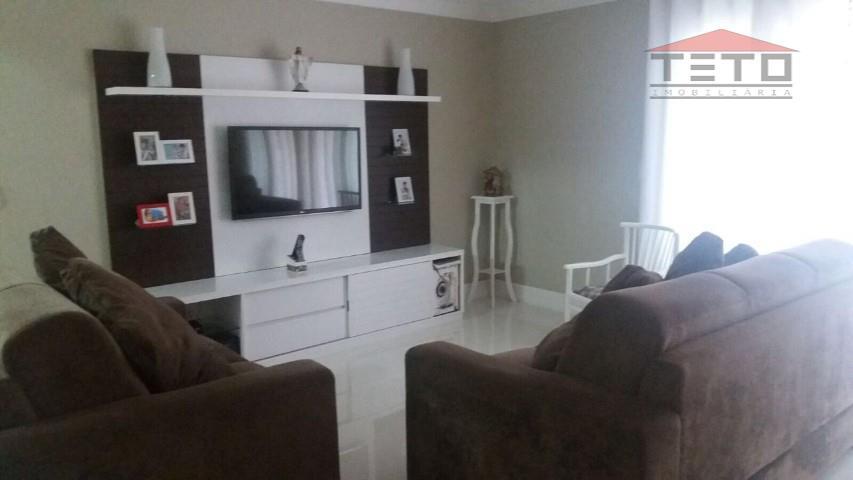 Apartamento de 3 dormitórios em Vila Milton, Guarulhos - SP