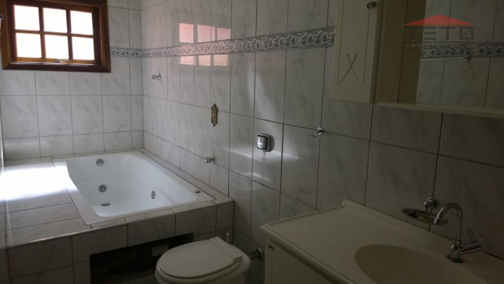 excelente sobrado de 3 dormitórios com uma suite, sala 2 ambientes, copa/cozinha, banheiro social, 2 vagas...