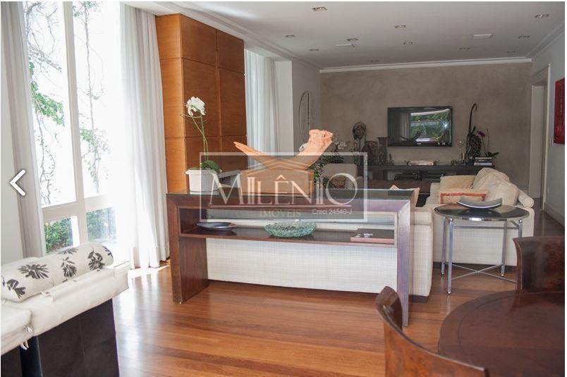 Casa de 4 dormitórios em Paineiras Do Morumbi, São Paulo - SP