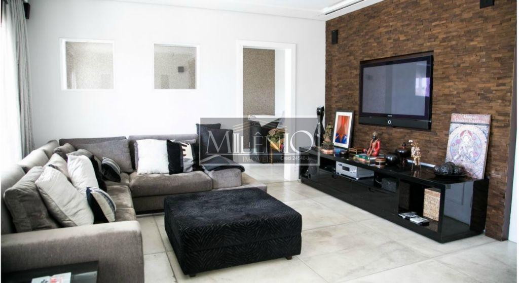 Casa de 3 dormitórios à venda em Jardim Viana, São Paulo - SP