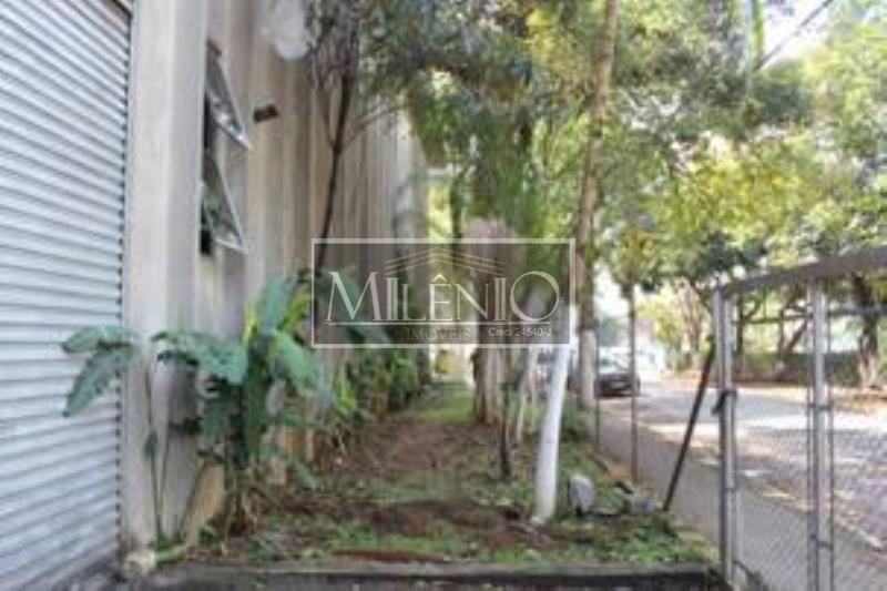 Prédio à venda em Jurubatuba, São Paulo - SP