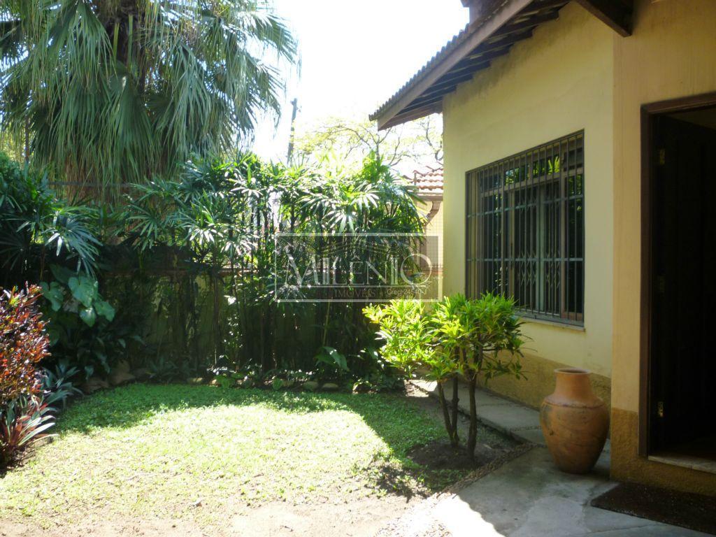 Casa de 2 dormitórios à venda em Jardim Petrópolis, São Paulo - SP