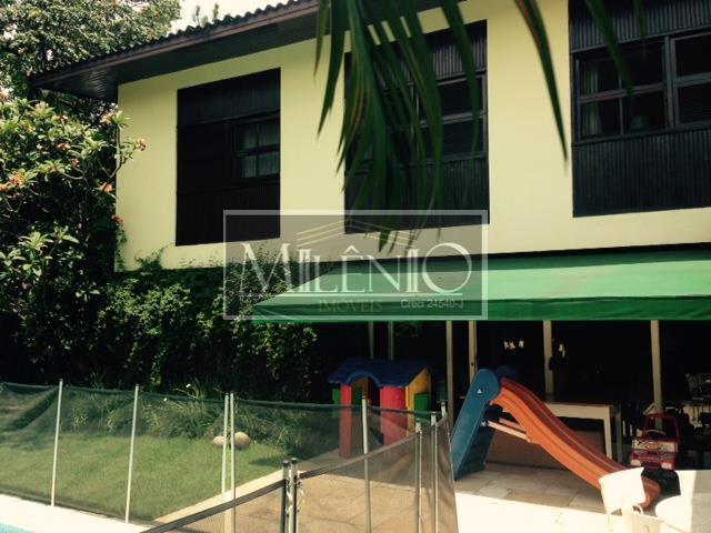 Casa à venda em Pinheiros, São Paulo - SP