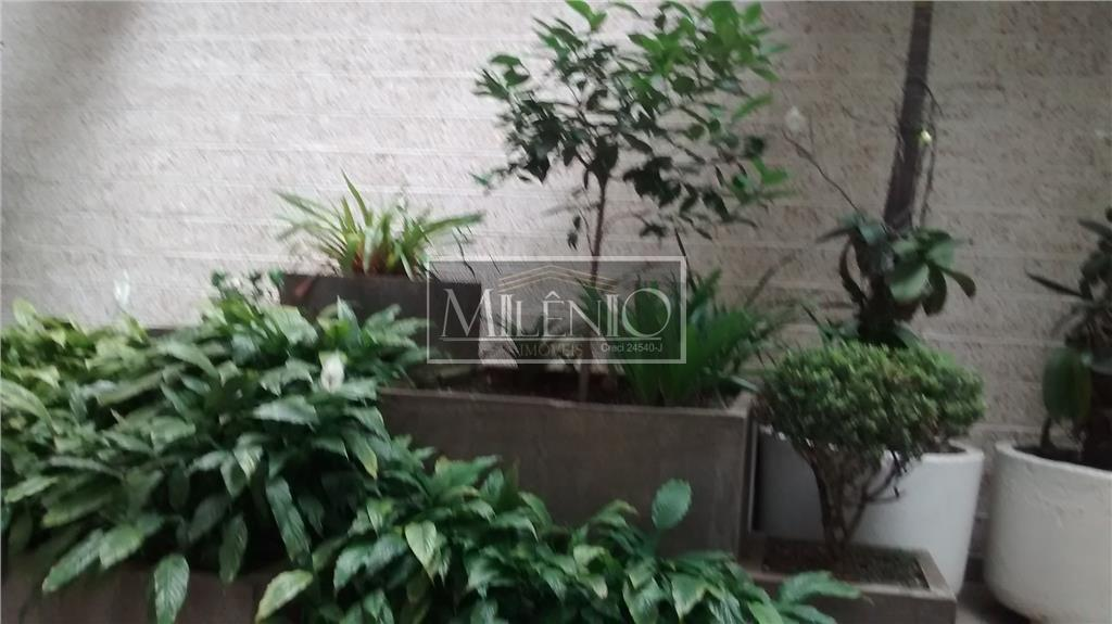 Apartamento de 2 dormitórios em Jardim Paulista, São Paulo - SP