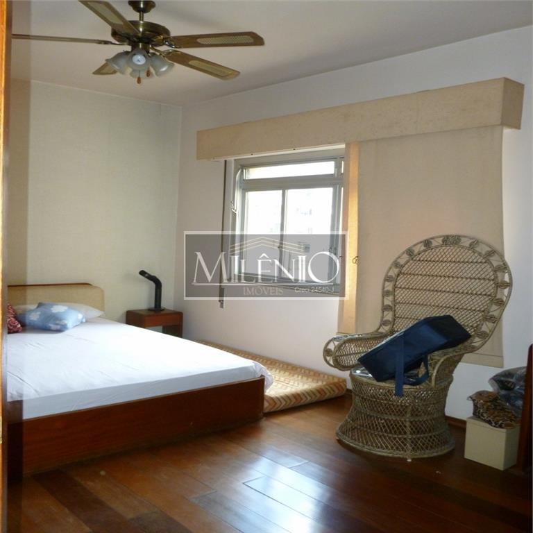 Apartamento de 3 dormitórios à venda em Jardins, São Paulo - SP
