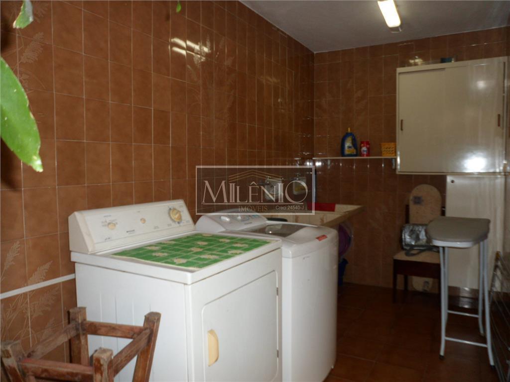 Casa de 3 dormitórios em Campo Limpo, São Paulo - SP