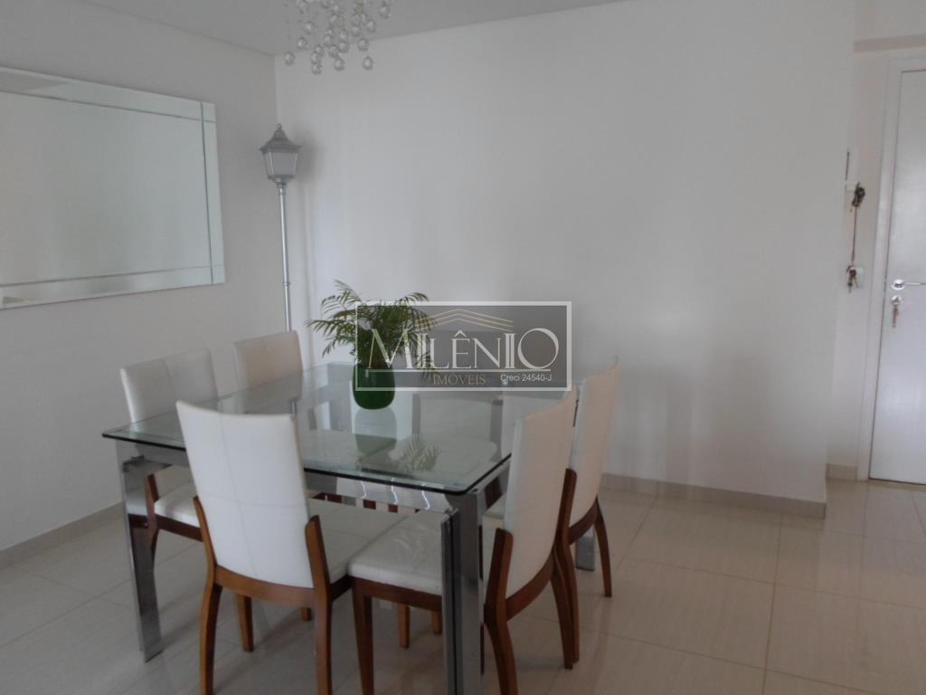 Apartamento de 3 dormitórios à venda em Vila Alexandria, São Paulo - SP