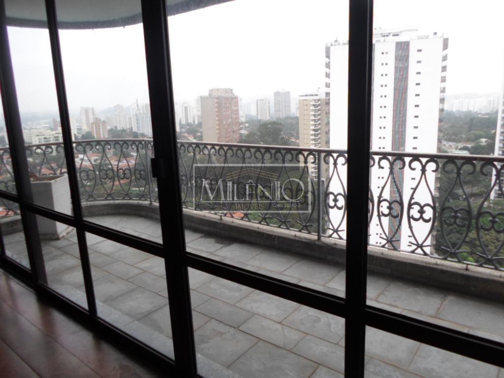 Cobertura de 4 dormitórios em Alto Da Boa Vista, São Paulo - SP