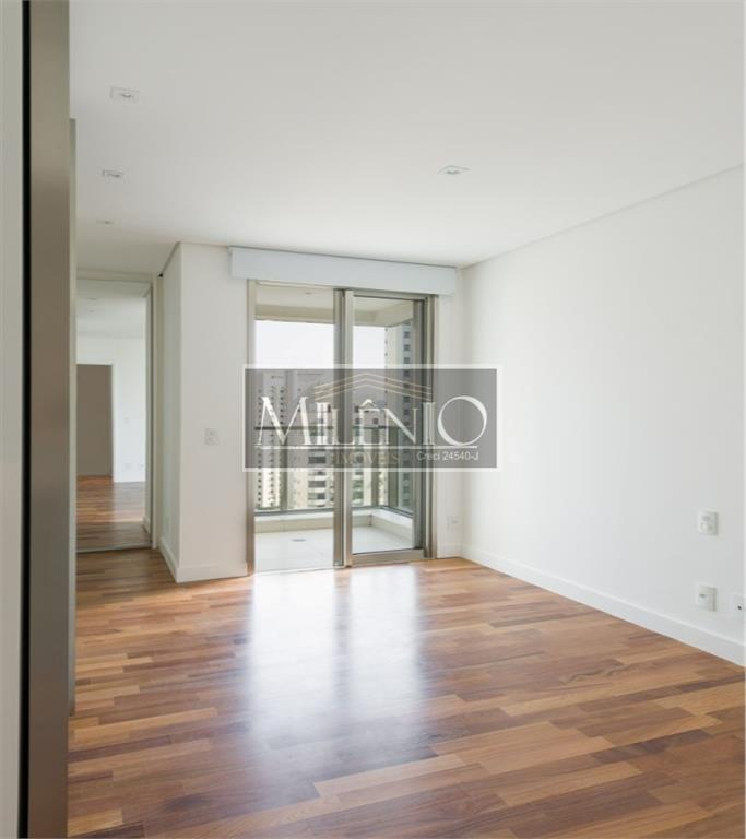 Apartamento Duplex de 3 dormitórios em Itaim Bibi, São Paulo - SP