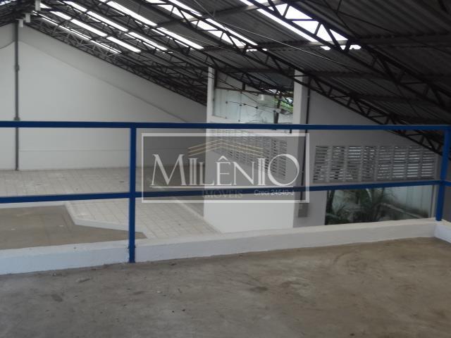 Galpão à venda em Água Branca, São Paulo - SP