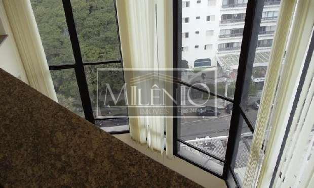 Apartamento Duplex de 4 dormitórios à venda em Vila Nova Conceição, São Paulo - SP