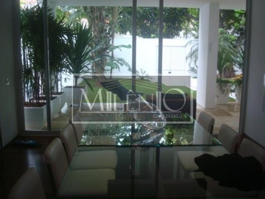 Casa de 3 dormitórios em Jardim América, São Paulo - SP