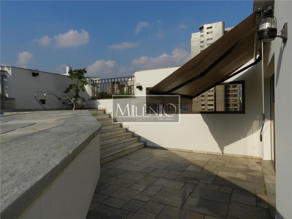 Cobertura de 2 dormitórios à venda em Vila Nova Conceição, São Paulo - SP
