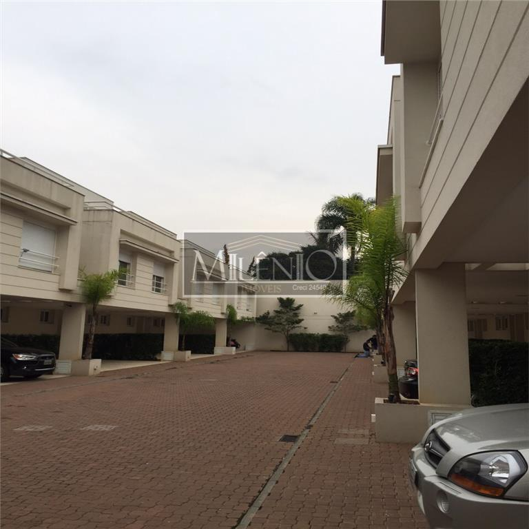 Casa de 4 dormitórios em Campo Belo, São Paulo - SP