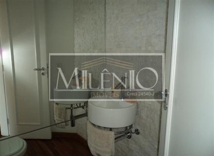 Cobertura de 3 dormitórios em Moema, São Paulo - SP