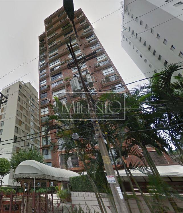 Apartamento Duplex de 1 dormitório à venda em Vila Nova Conceição, São Paulo - SP