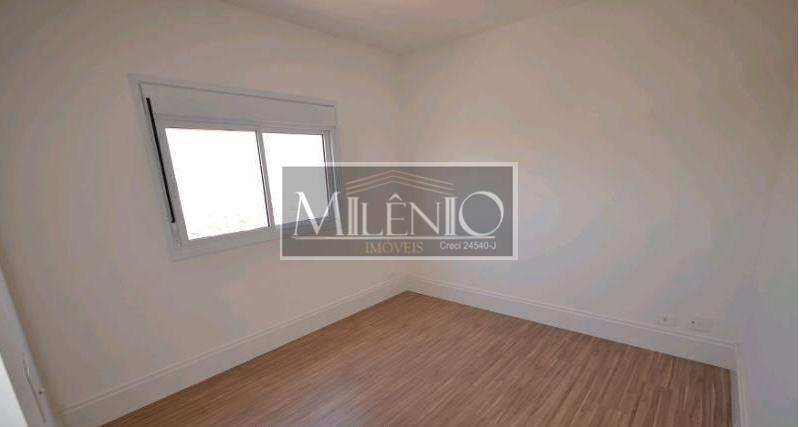 Apartamento Duplex de 4 dormitórios à venda em Vila Olímpia, São Paulo - SP