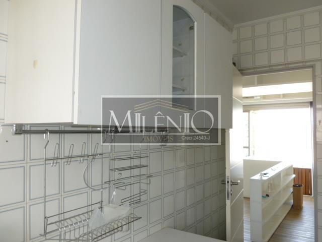 Apartamento de 2 dormitórios à venda em Moema, São Paulo - SP