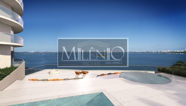 Apartamento de 3 dormitórios em Arts District, Miami - FL